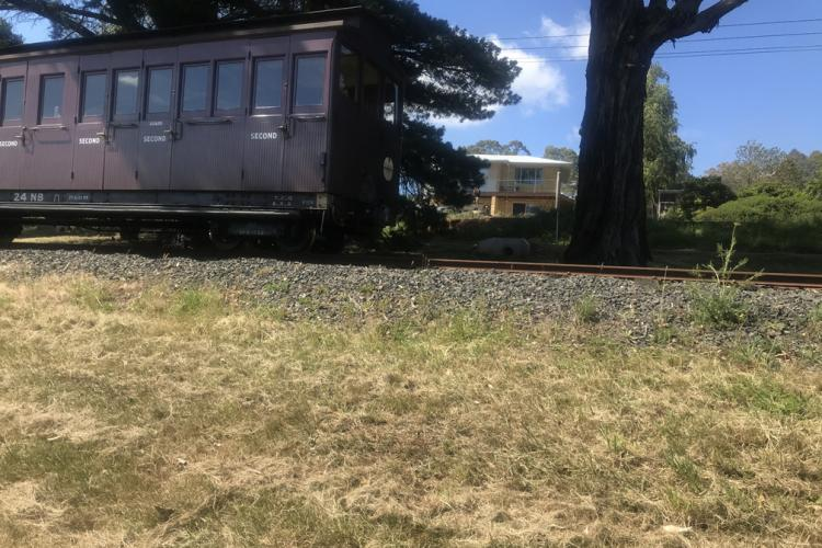 Puffing Billy going past the Signal Box B&B
